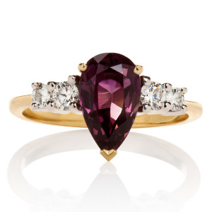 burgundy_sapphire_and_diamond_ring