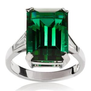 green_tourmaline_and_diamond_ring