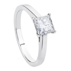 princess_cut_solitaire_diamond_ring