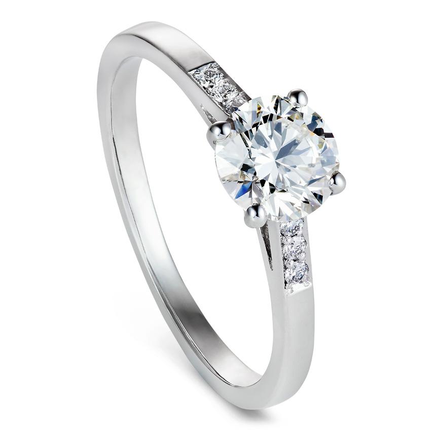 Brilliant cut 0.81ct diamond engagement ring