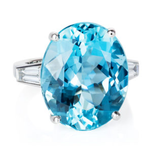 Aquamarine and diamond platinum ring