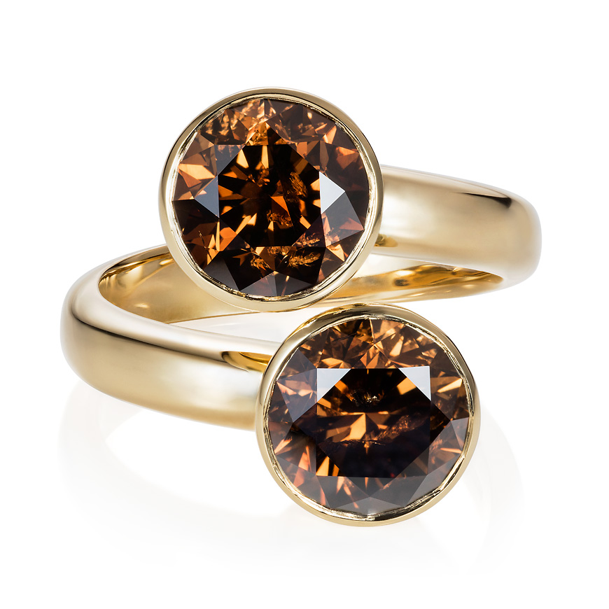 yellow_gold_cognac_diamond_ring